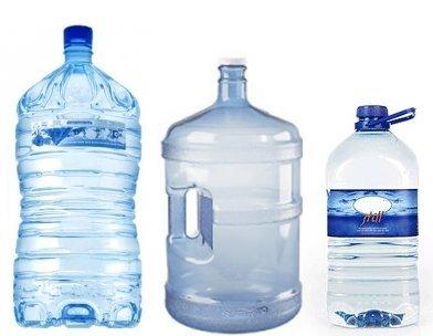 Bottiglie di PET di grandi formati con capacità di 5 Litri